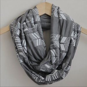 Accessories - Grey + White Tribal Print Scarf NWOT
